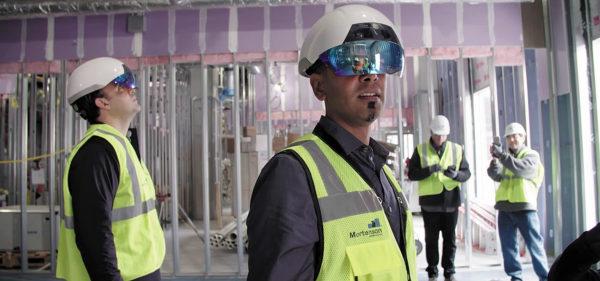 Рисунок 5. Умный шлем Daqri Smart Helmet